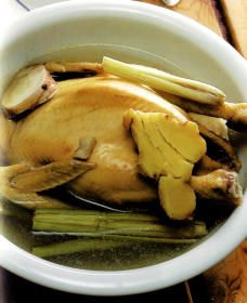 DELICIOUS:  Traditional Chinese Cantonese Confinement Food Recipe - Lemongrass Chicken Soup