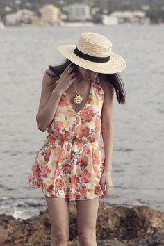 IN LOVE WITH FASHION 16-7-2014  Mono: In love with fashion / Zapatos: Zara / Sombrero: h&m / Collar: Apodemia