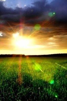 Nothin Like A Country Sunrise