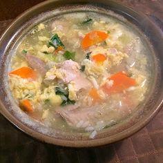 ニンニク入りのスープで野菜と鳥を煮込んでごはんを投入、あったまりました☺️ - 55件のもぐもぐ - 野菜と鳥の中華スープごはん by tabajun