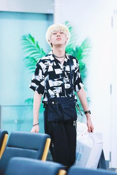 HARUTO- TREASURE13 Yg Entertaiment, Hyun Suk, Ikon, Boy Groups, Street Wear, Boys, Fashion, Toddler Girls, Guys