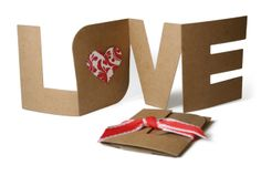 """luv this letter shaped card spelling out love with a heart insert in the """"o""""... Valentine..."""