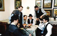 Jugendtrachtenverein Banater Rosmarein Temeswar; Ansamblul folcloric german Timisoara. Männertrachten aus der Banater Heide