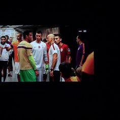 Bruno Miguel Espalha has published @arturmoraes01 @arturmoraes1 @muslera @taffareloriginal três monstros das balizas juntos! #slb #galatasaray on Futebol. Como Eu o Vejo. do Instagram: http://ift.tt/1QbU6Vi #Instagram  https://scontent.cdninstagram.com/hphotos-xaf1/t51.2885-15/s640x640/sh0.08/e35/11910055_1647072335578568_304169711_n.jpg