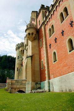 Entrance to Schloss Neuschwanstein (Castle) in Bavaria, Germany; Bayern, Deutschland