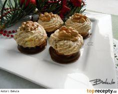 Ořechové hrudky s karamelovým krémem Czech Recipes, Russian Recipes, Desert Recipes, Pavlova, Biscotti, Food Hacks, Christmas Cookies, Nutella, Sweet Recipes