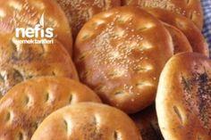 Gömeç (Kahvaltı Ekmeği) Tarifi Pizza Pastry, Breakfast Items, Turkish Recipes, Food Cakes, Bread Baking, Pie Recipes, Baked Goods, Food To Make, Bakery