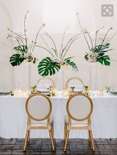 modern art deco wedding inspiration is part of Modern art deco wedding - Modern Art Deco Wedding Inspiration artDeco Wedding Wedding Chair Signs, Wedding Chairs, Wedding Tables, Reception Table, Wedding Ceremony, Art Deco Wedding Inspiration, Inspiration Art, Green Wedding Dresses, Estilo Tropical