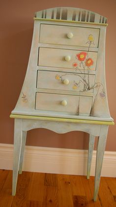 Google Image Result for http://www.asapela.com/wp-content/uploads/2012/08/decorative-pens-paint-ideas-for-furniture.jpg