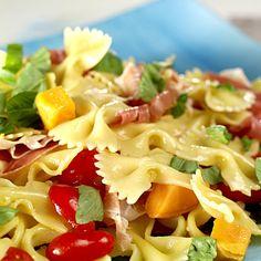 Pastasalat med søtpotet, tomater og spekeskinke Ethnic Recipes, Food, Meals, Yemek, Eten