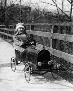 Pedal Car Autumn Vintage 8x10 Reprint Of Old Photo Pedal Car Autumn Vintage 8x10 Reprint Of Old Photo This is an excellent reproduction of an old photo. Reproduced photo is in mint condition. This pho