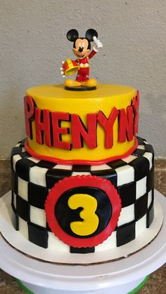 Mickey and the roadster racer birthday cake