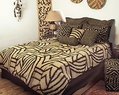 Using Art and Crafts in African Decor African Theme, African Style, African Attire, African Dress, African Bedroom, African Interior Design, Deco Boheme Chic, Baby Furniture Sets, African Furniture