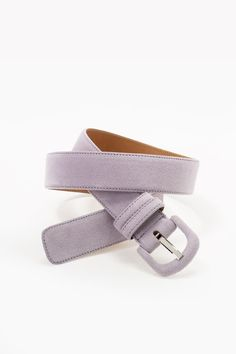 Color Story: NAVY BLUE, ORCHID, WHITE | Katanya Suede accent belt