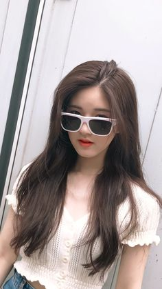 Asian Boys, Asian Girl, Cute Girls, Cool Girl, Face Aesthetic, Girl Artist, Female Character Inspiration, Just Girl Things, Chinese Actress