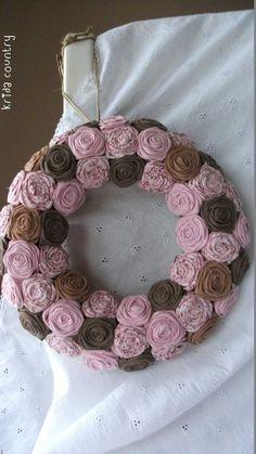 """Rózsakoszorú - """"Rózsás csokoládé"""", Baba-mama-gyerek, Otthon, lakberendezés, Dekoráció, Esküvő, Meska Washer Necklace, Baba, Sweet, Diy, Country, Decoration, Jewelry, Candy, Decor"""