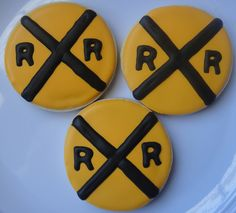 Train railroad crossing cookies