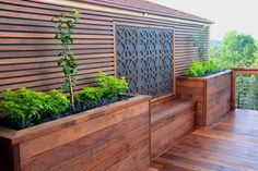 Merbau decking with a custom made screen, planters and built in seating… Deck Planter Boxes, Deck Planters, Diy Planter Box, Garden Boxes, Planter Ideas, Deck Box, Planter Bench, Garden Ideas, Deck Seating