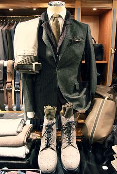 Great style, the clothes of a gentlemen on the move