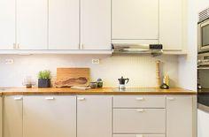 Lägenhet i Stockholm - Skeppsholmen Sotheby's International Realty Stockholm, Light In, Home Kitchens, Kitchen Cabinets, Home Decor, Apartments, Kitchen Things, Decoration Home, Room Decor