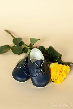 Pantofiori botez băieți bleumarin