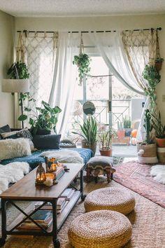 Design Living Room, Boho Living Room, Cozy Eclectic Living Room, Eclectic Kitchen, Cozy Living, Vintage Living Rooms, Jungle Living Room Decor, Bohemian Living Spaces, Living Area