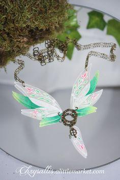 Collier aile de fée Style féerique : Collier par chrysallis