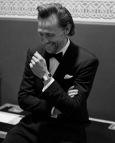 Thomas William Hiddleston, Tom Hiddleston Loki, Beautiful Person, Beautiful People, Greg Williams, British Academy Film Awards, Good Smile, Photo Sessions, Cool Kids