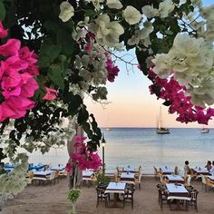 Enjoy sunsets like this whilst dining at Datça, Turkey. Photography by Sert_Mehmet Sailing Cruises, Cruise Holidays, Marmaris, Turkey Travel, Rustic Design, Natural Wonders, Places To See, Beautiful Places, Around The Worlds