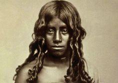 Albert Thomas Watson Penn, Toda-woman, Nilgiri Hills, India 1870-80, Ausschnitt Staatliche Museen zu Berlin