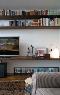 prateleira - madeira de demolição / Mara Porto: TVs