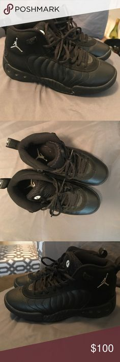 pick up 01e43 28e9d Nike air Jordan jumpman equipo pro black Like new Jordan s no box used once  size 4.5