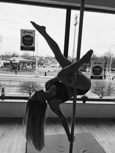 Pole dance Lublin, pole tricks static pole - One of my favourite pole dance figures so far - Pole Fitness, Pole Dancing Fitness, Aerial Dance, Aerial Hoop, Pole Dance Moves, Dance Choreography, Poses, All Body Workout, Pole Classes