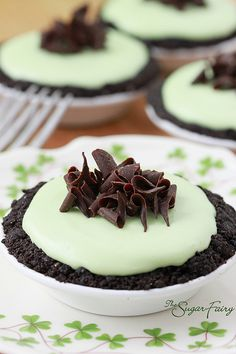 Mini Grasshopper Pies...perfect for St. Patrick's Day.