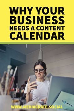 Save yourself time, anxiety and more importantly, a content calendar makes your teamwork so much easier! What Is Content Marketing, Social Media Marketing Business, Digital Marketing Strategy, Inbound Marketing, Social Media Tips, Online Marketing, Marketing Calendar, Business Education, Online Entrepreneur