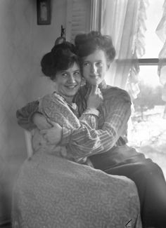"""""""A friend of mine found this old photograph in a shoe box in his Grandmother's attic. On the back was written… Aunty Mary and her """"friend"""" Ruth, 1910. I wonder if those quotation marks imply what I think they do, by the look on their faces, I would say they do"""""""