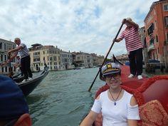 Quinceañera en Venecia en su paseo en gondola!