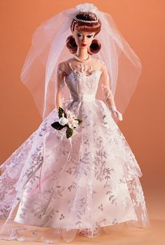 Looking for Collectible Barbie Dolls? Shop the best assortment of rare Barbie dolls and accessories for collectors right now at the official Barbie website! Barbie Bridal, Barbie Wedding Dress, Wedding Doll, Barbie I, Barbie World, Wedding Dresses, Barbie House, Vintage Barbie Clothes, Vintage Dolls