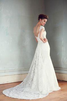 Karen Willis Holmes 'Jasmine' - Akina Bridal Couture