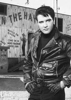 """Elvis on set of """"roustable"""" 1964"""