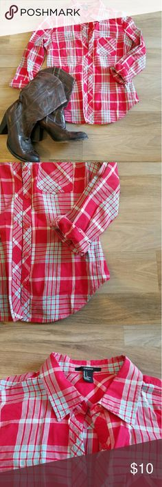 Forever 21 blue and red plaid button up This cowgirl plaid shirt gives the perfect pop for that cowgirl look whether your going line dancing or just wanting that casual look. Forever 21 Tops Button Down Shirts