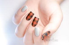 EASIEST PLAID NAILS EVER !https://www.youtube.com/watch?v=--RYgxOridY