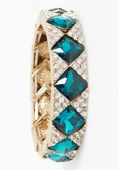 Crushing on this sparkly blue and white crystal bracelet.