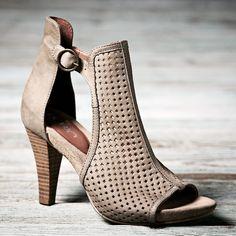 Marcella High Shoe