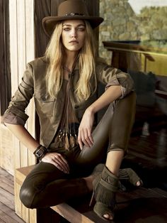 Samantha Gradoville by JR Duran for Vogue Brazil December 2014 Sexy Cowgirl, Cowgirl Chic, Cowgirl Mode, Cowgirl Style, Cowgirl Fashion, Western Girl, Western Style, Western Wear, Beauty And Fashion