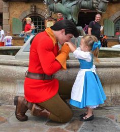 CUTEST article ever. This little girl's mom sewed her different Disney outfits and takes her to Disney World every week.