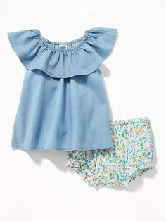 This frilly shirt is super cute and sweet! Love the little shorts to pair it with too. Perfect for a baby girl outfit. #baby # toddler #affiliate