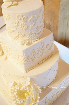 Ivory and Lace inspired wedding cake