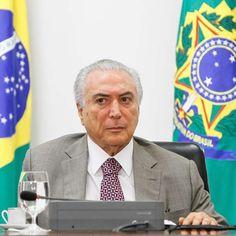 """Confiante em impeachment, Temer critica Dilma """"agressiva"""""""