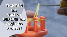 Loom Knitting Stitches, Knitting Help, Knitting Videos, Circle Loom, Round Loom, Loom Weaving, The Creator, Arts And Crafts, It Cast